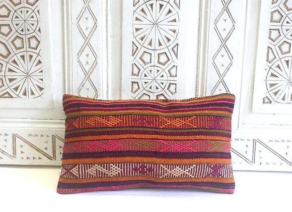 Kilim Throw Pillow                                                      40x40 cm