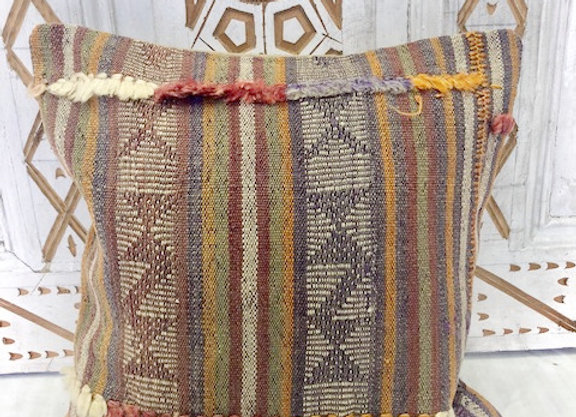 Vintage Boho Kilim Cushion - 40 x 40 Soft pastels with tassels