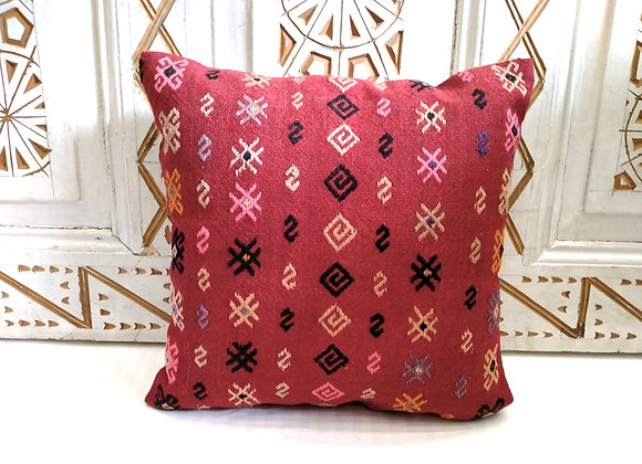 Boho Vintage Throw Pillow - fine motif