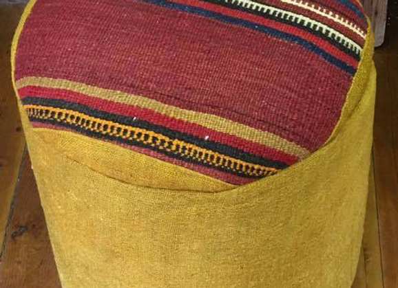 Design Anatolia Vintage Kilim poufs