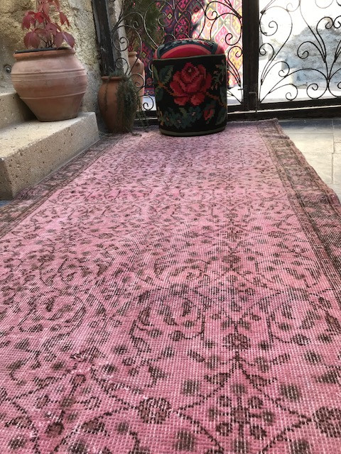 Is your rug 'Vintage'or just old and  shabby?