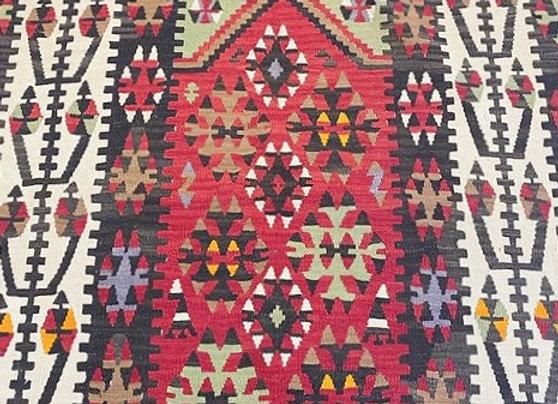 Vintage Kayseri Gormergen Kilim