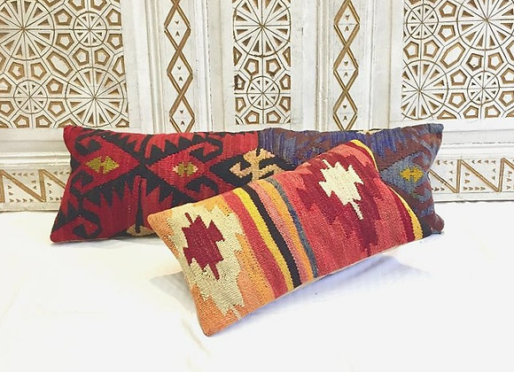 Vintage Kilim Pillow                                                    50x30 cm