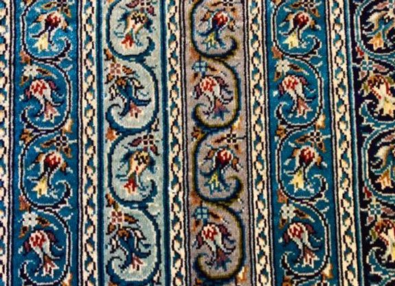 Kayseri Pure Silk Carpet - 100% handmade. Interlaced Tulip design