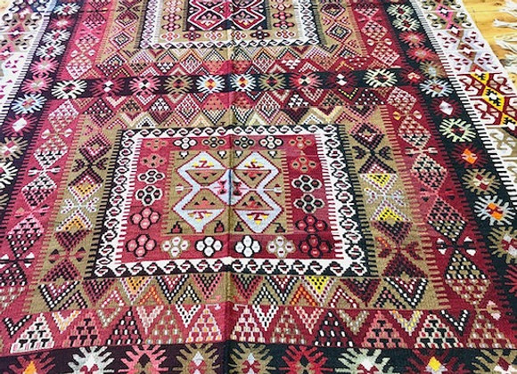 Vintage Kayseri Afsar Kilim           Beautiful condition