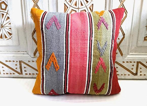 Vintage Kilim Pillow             40 x 40 cm/ Fine Candy Stripe