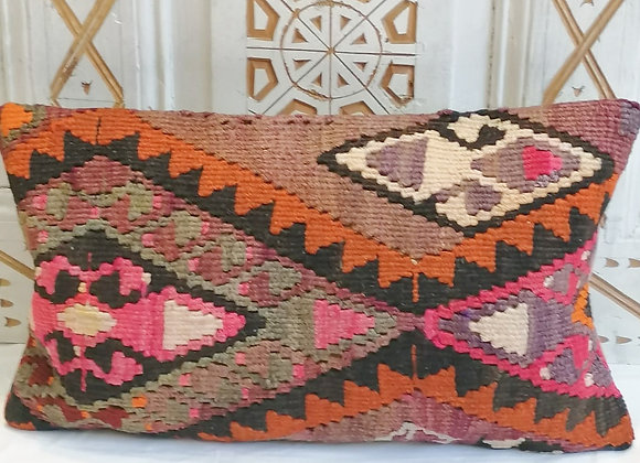 Vintage Kilim Pillow                                                     30x50cm
