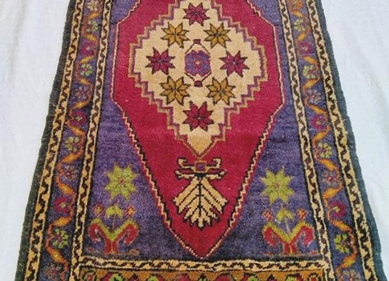 Vintage Taspinar Dowry Rug / Turkey