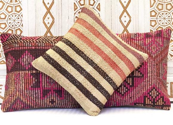 Vintage Turkish Kilim Cushion - Elegant stripe 40x40cm