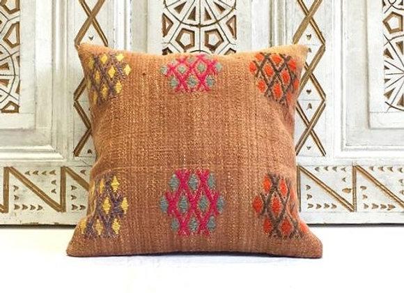 Vintage Kilim Pillow                                                    40x40 cm