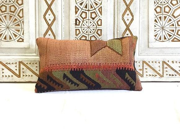 Vintage Kilim Pillow                                                  50 x30 cm