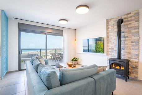 No 11 - Living Room