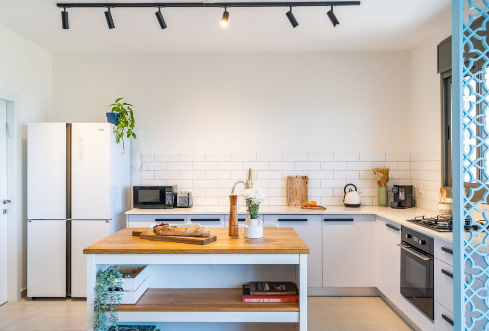 No 13 - Kitchen