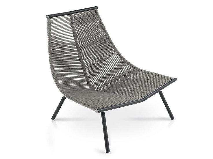 LAZE 002 Lounge Chair