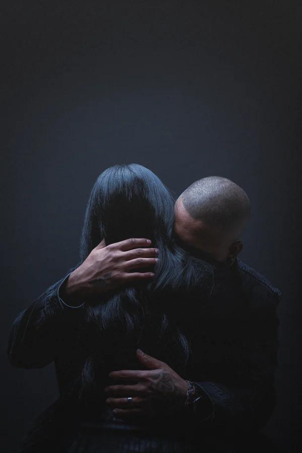 Αγκαλιά 2