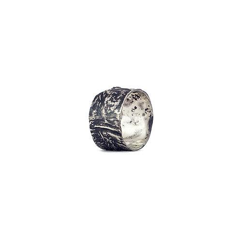 Anillo Reticulado y pavonado en plata