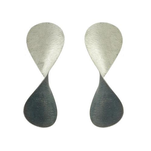 Aretes Serpentina plata y óxido