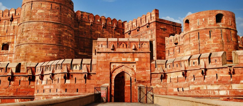 Agra Fort - Historical Monuments of Agra