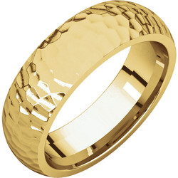Comfort Fit Yellow Gold Men's Band Hammered finish