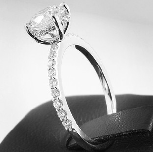 Engagement Ring 523