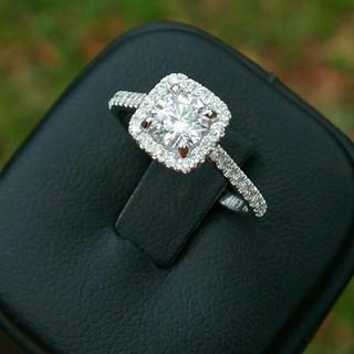 Custom Engagement Ring 885