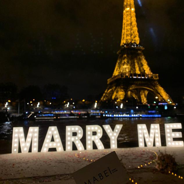 Demande en mariage MARRY ME
