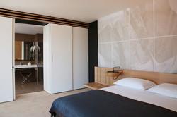 oak veneer room bedhead