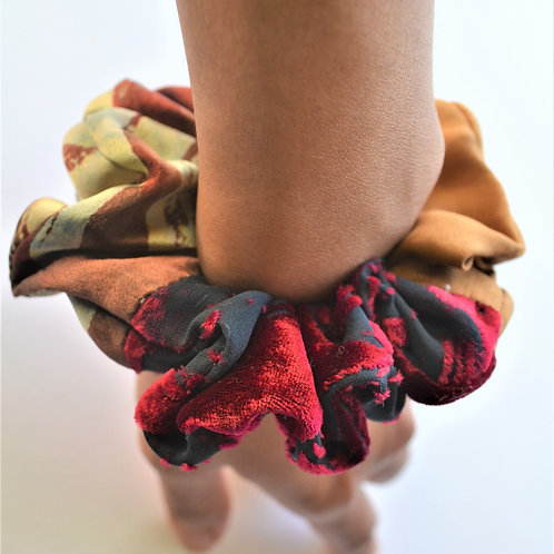 Small Scrunchies
