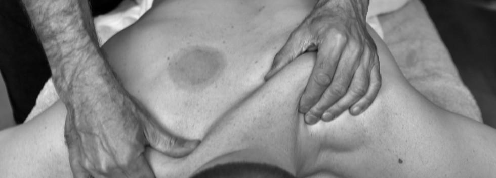 Massage_sportif_dos_bien_être_relaxatio
