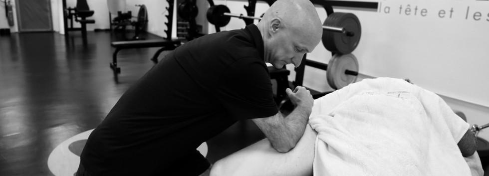11_deep_tissue_massage_sportif_jambe_ré