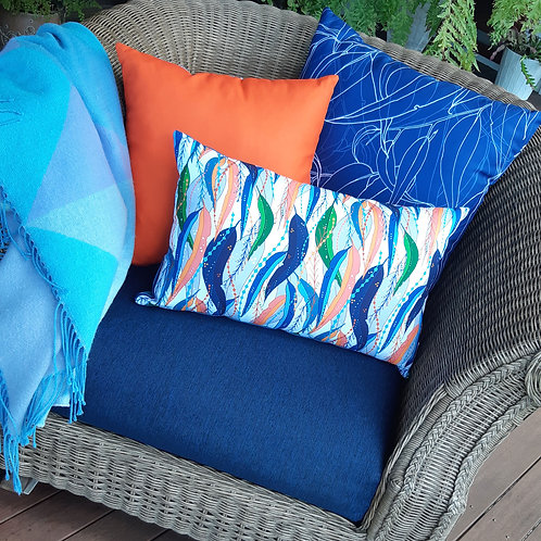 OUTDOOR INDOOR White Trailing Gum Leaf cushion cover