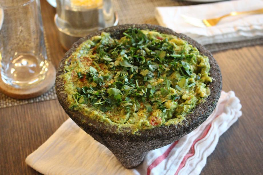 Cinco de Mayo Dinner Party Recipes, Part 2 – Guacamole de molcajete