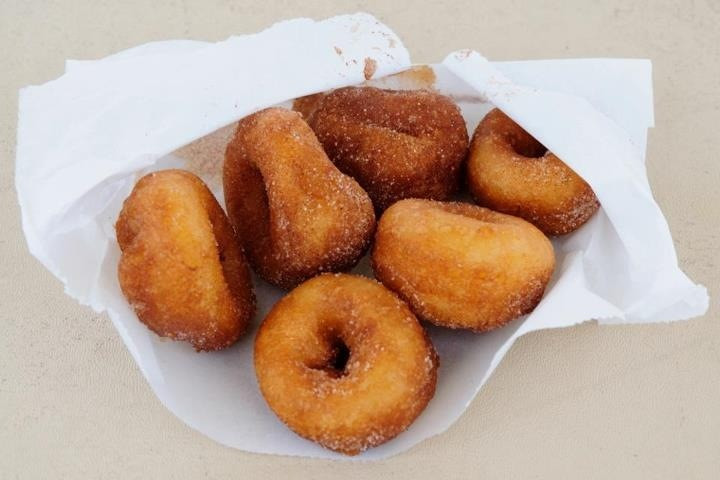 Donuts: The New Wedding Cake?!