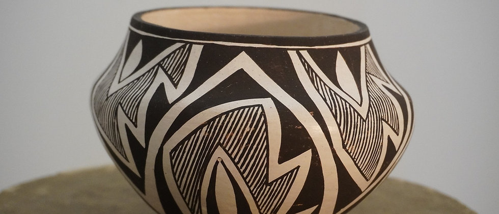 Lucy Lewis Acoma Pot