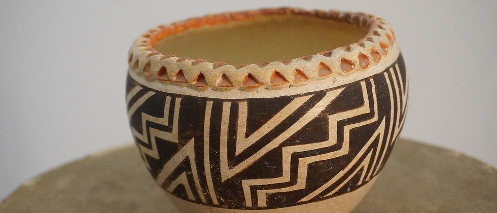 Acoma 1940s Fluted Rim Pot