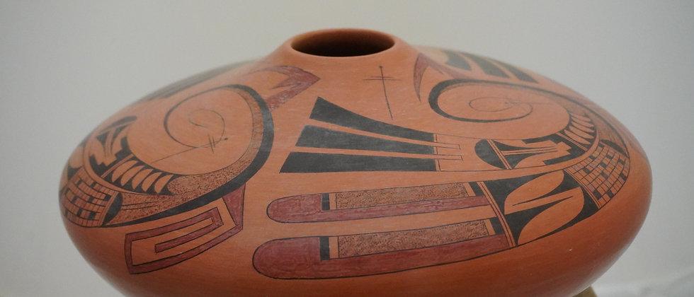 Hopi Jar by Gloria Kahe