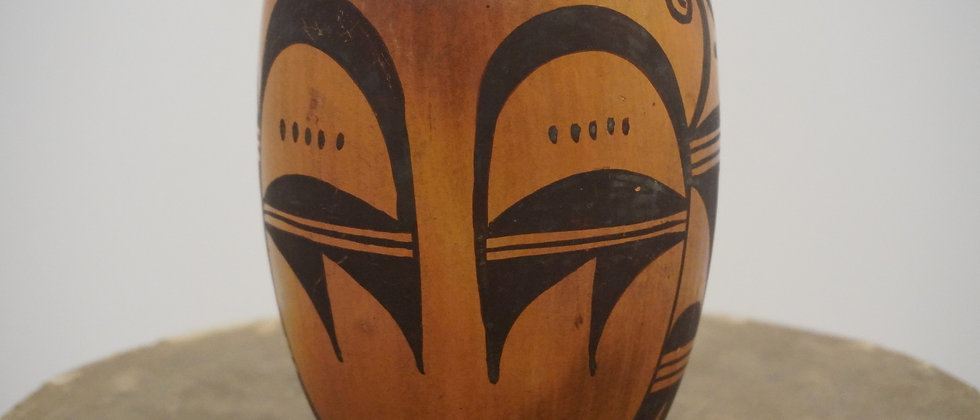 Old Hopi jar signed P Honie eagle design 5 x 4 1/2