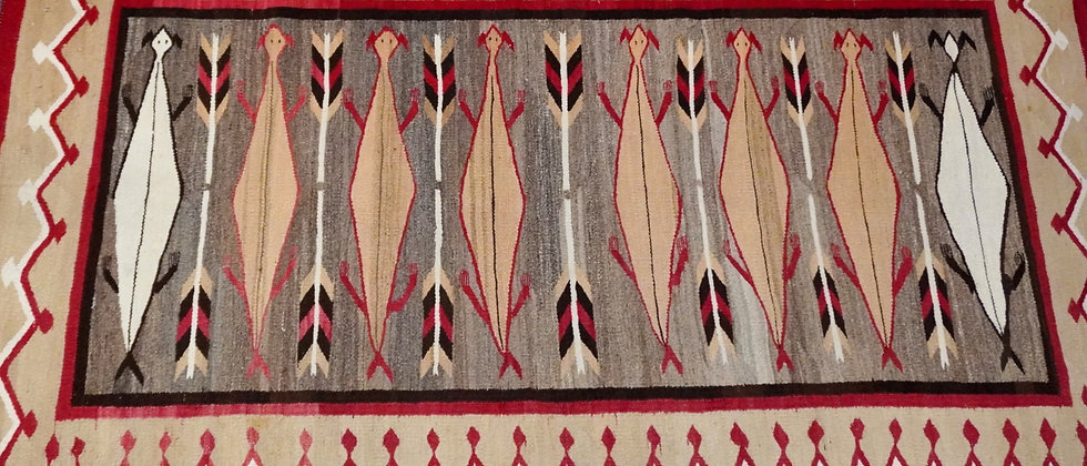 Rare 1930s 'Horned Toad' Navajo Rug