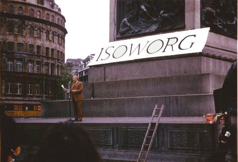Henry giving his Isoworg speech in Trafalgar Square