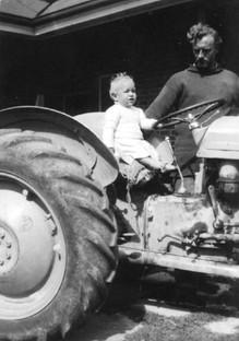 My first tractor. Grey petrol Ferie in Tassie