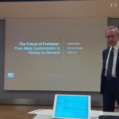 Sergio Dulio introducing Andrey Golub's presentation
