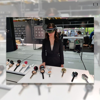 Trying the Mixed Reality MyPowderful experience on the Hololens