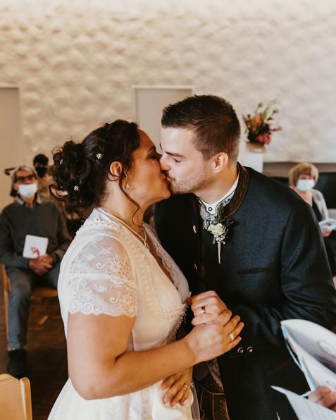 Hochzeitsfotograf Luzern-Zentralschweiz-First kiss