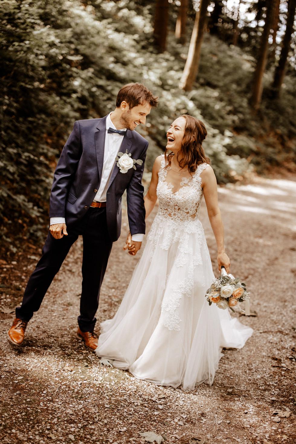 Brautpaarshooting beim im Wald 18