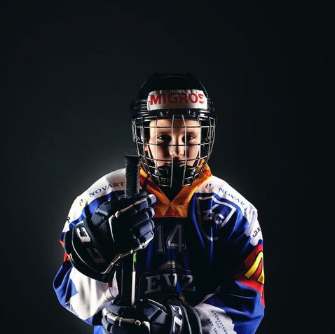 Eishockeyspieler-Sportshoot-Foto
