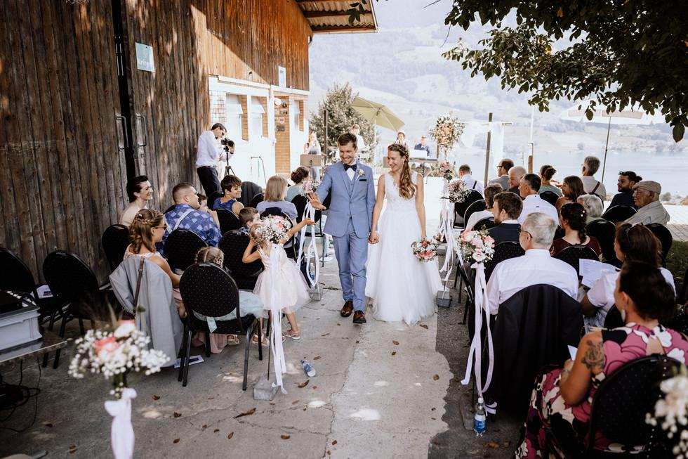 Hochzeitsfotograf Meggen Luzern- Bioweingut Sittenrain-35.jpg