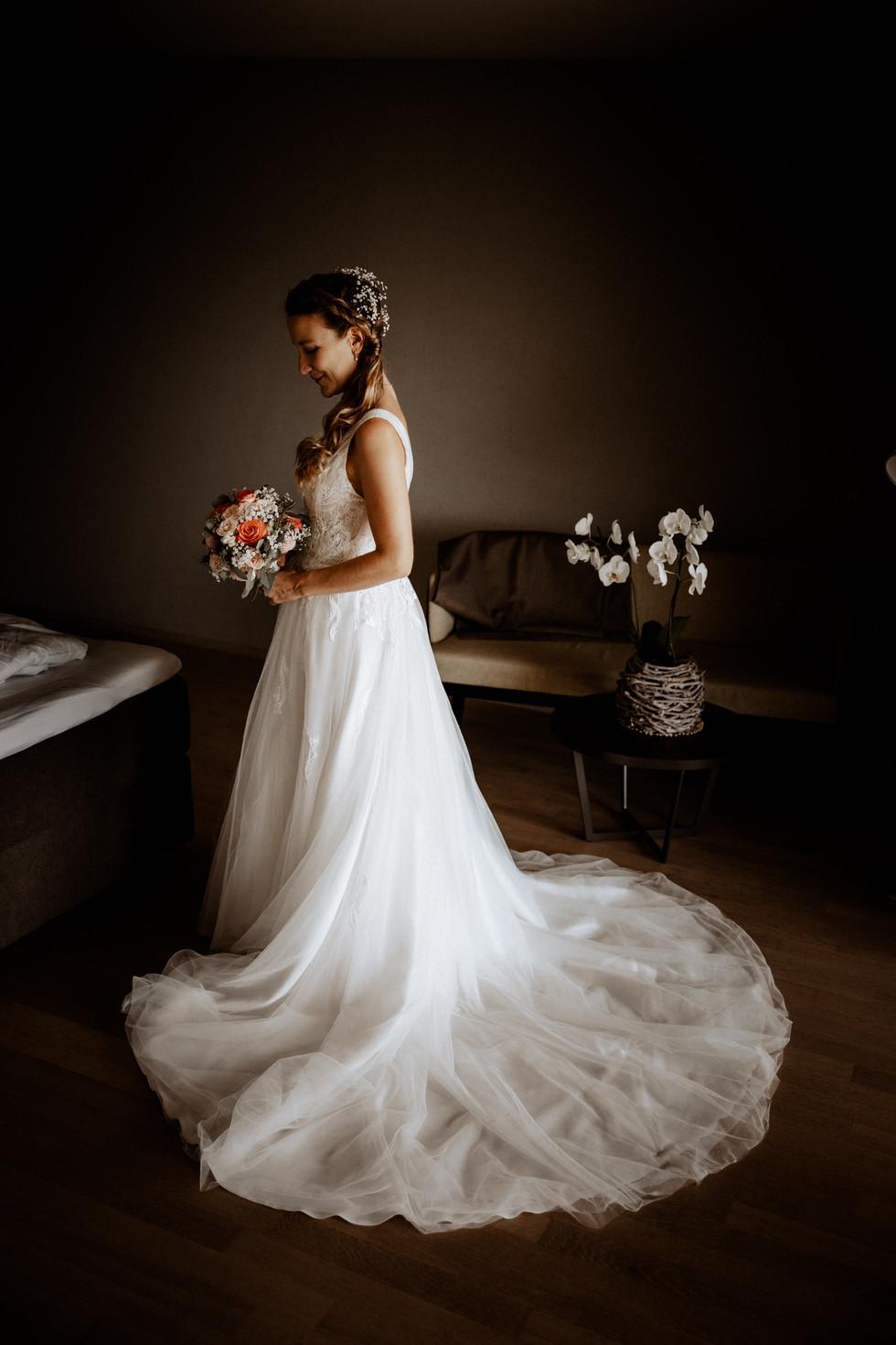 Hochzeitsfotograf Meggen Luzern- getting ready- golfhotel meggen.jpg