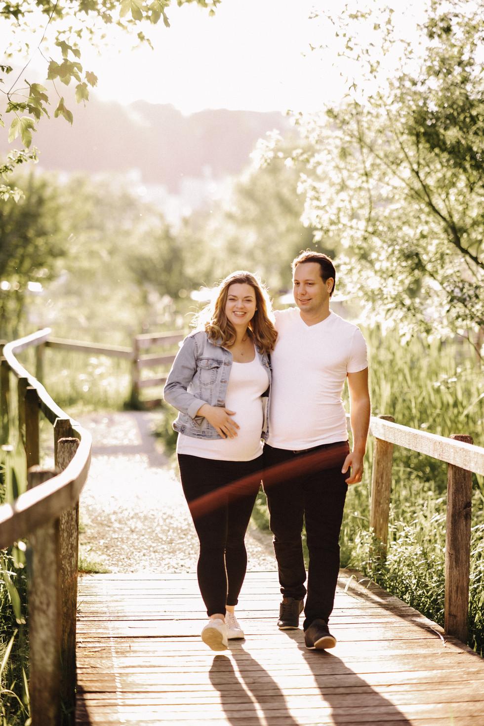 Schwangerschafts Paarshooting nach Sonne