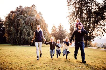 Professioneller Familienfotograf