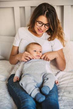 Familien Babybauch Fotoshooting Homestory Daniel Dyntar Luzern